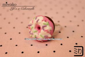 Donut Ring Pink by 3timesC