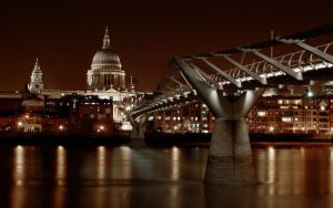 Wallpaper: Toward St Pauls II by spendavis