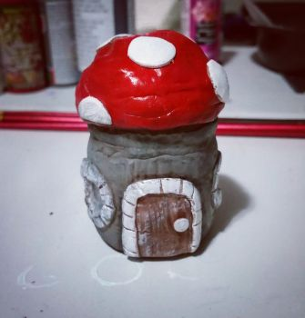 Gnome House # 2 by Jade-Eye-Creations