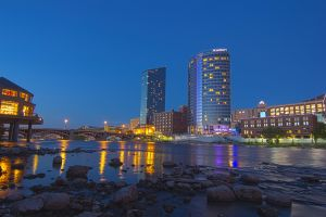 Grand Rapids HDR Night by ryanparrish