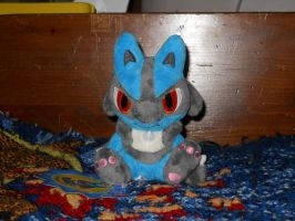Lucario Pokedoll by Xeerinare