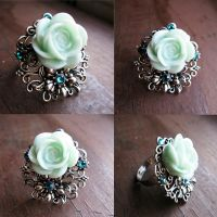 Flower Ring by crystaland
