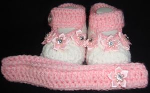 Diamond Accented Booties by Crochet-by-Clarissa