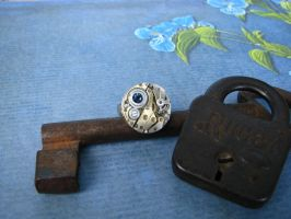 Steampunk Ring Vintage Round by bcainspirations