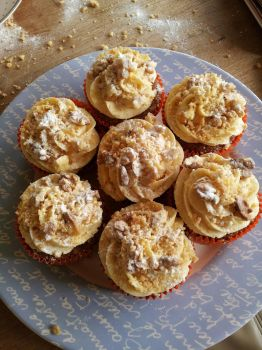 Apple cupcake 2 by letther