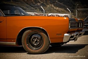 Roadrunner Mopar by AmericanMuscle