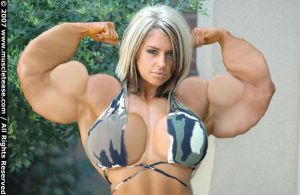 sexy female bodybuilder by Skibord