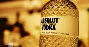 absolut by mesayhan