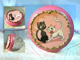 Kitty Flower Plaque by thedustyphoenix
