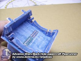 papercraft Advance Wars Piperunner underside by ninjatoespapercraft