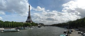 Eiffel tower by XtremePenguin