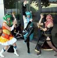 Vocaloids posing by Ellidena