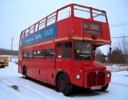 Unexpected double-decker bus 3 by Ripplin