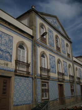 azulejos into the sky by beateverboten