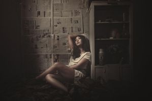 :: sit by the light :: by hermanzs
