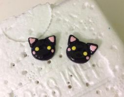 Black cats studs by Saloscraftshop