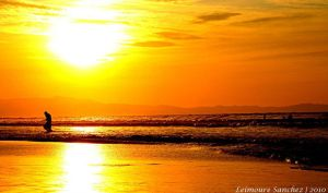 Sunsets by lee-sutil
