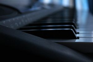 Keyboard over blue by CelsoRivas
