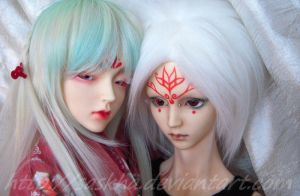 lovely twins by saskha