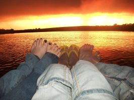 sunset andd feet :p by punk817