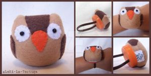 OWL WRIST PINCUSHION by LoRi-La-Tortuga