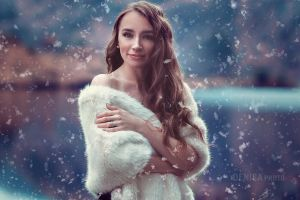 Snow Queen by DenisaKc