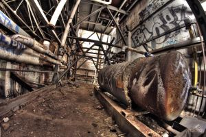 Maschines in an abandoned Brewery by Beschty