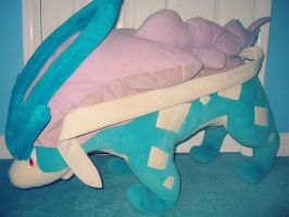 A Wild Giant Suicune Plush Appeared by MizukiiMoon