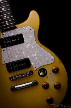 Gibson Les Paul 01 by dylanmeadows
