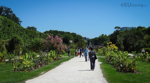Central pathways of Jardin des Plantes by EUtouring