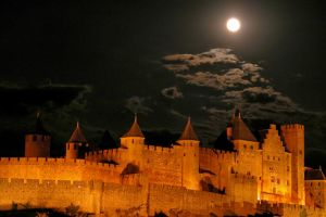 A Night in Carcassonne by cyaenn