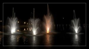 Fountain - Moon - 1 by Delusionist