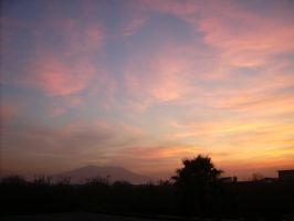 sunset on the Vesuvius by Lemures87