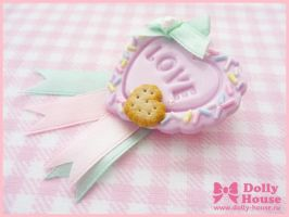 Candy Heart Brooch by Dolly House by SweetDollyHouse