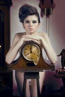 Melting Clock by Aisii
