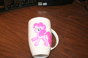 Pony Mug 1 by SoarinPie