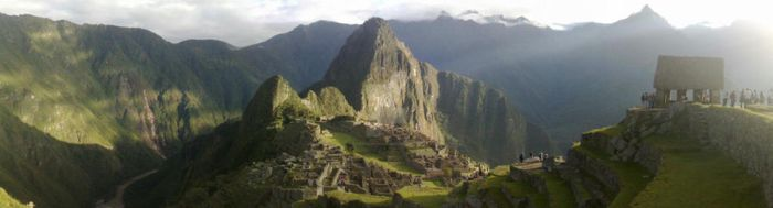 Machu Pichu Mountain by ParaisoNatural