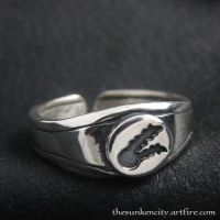 The Twin Tailed Comet silver ring by Sulislaw