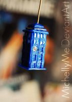 TARDIS Polymer-Clay figure by MichellyMe