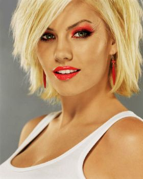 Elisha Cuthbert Full View by thedreamrock