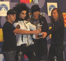 T.H. in mtv music awards 2008 by maryoooma92