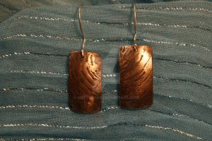 Ripples etched copper earrings by ArtsyShan