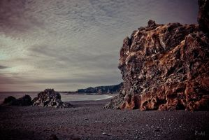 Iceland rocks by Eredel