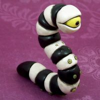 Sea Worm Figure by beatblack