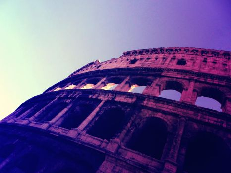 Colosseo by AshtreeJ