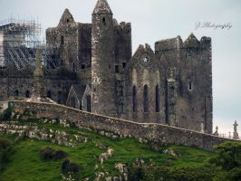 Rock of Cashel by itsinthesoul