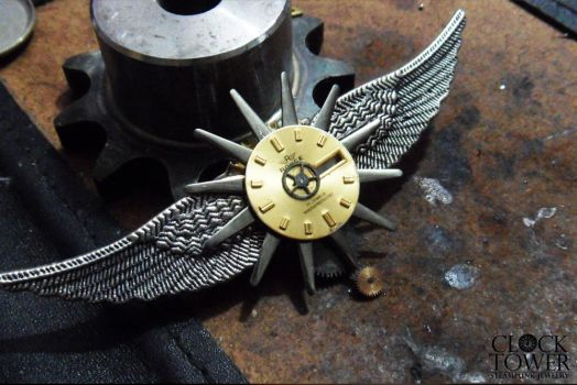 Steampunk wings of freedom Brooche 01 by ClockTowerShop