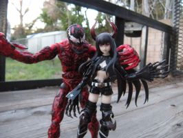 Carnage and his wife by PokepictureFigurefun