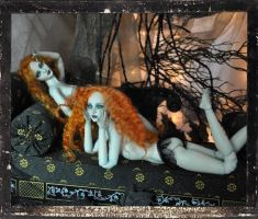 Ball jointed Twin Vampire dolls BJD by SutherlandArt