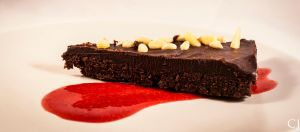 Chocolat cake with raspberry sausce by CJacobssonFoto